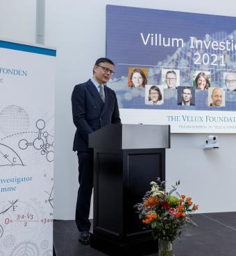 Formand for VILLUM FONDENs bestyrelse, Jens Kann-Rasmussen holder tale